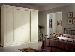 Выбор подходящего по стилю дизайна шкафа в спальню