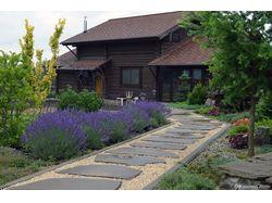 Сад с элементами регулярного стиля
