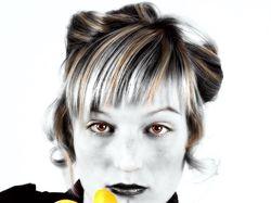 Арт-обработка фото из цветного в черно-белое