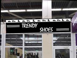 композитная вывеска для магазина обуви
