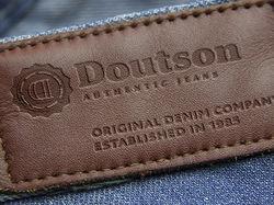 Разработка логотипа для бренда джинсовой одежды