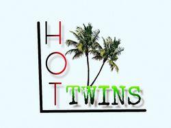 HotTwins