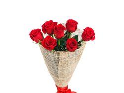 Убрать 4 розы - для онлайн-магазина цветов.