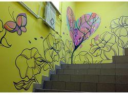 роспись стен в магазине детских товаров