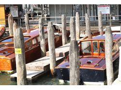 Венеция, маски на рынке