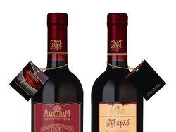Оформление бутылки вина Мерло Массандра