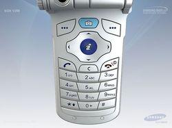 Мобильный телефон «Samsung» вид 04